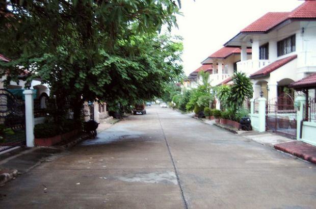 thai neighborhood