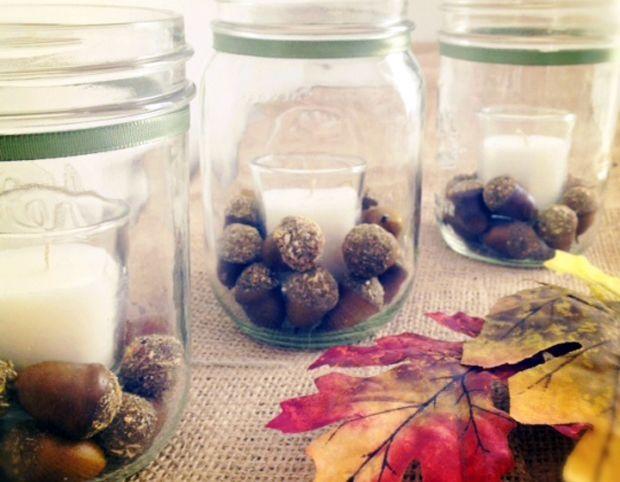 Fall acorn mason jars on Fancy House Road