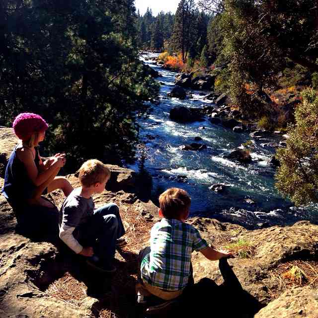 looking over the deschutes river